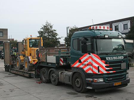 vrachtwagen dieplader